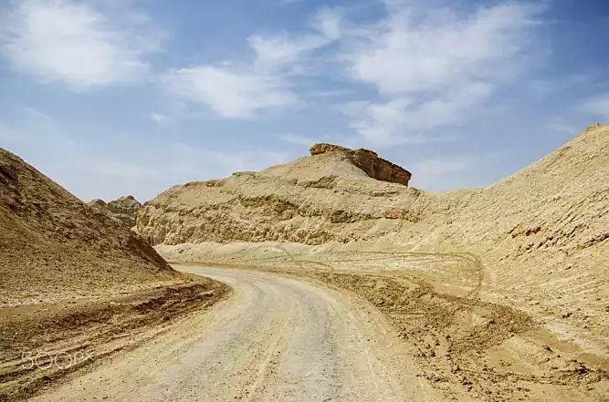 丙辰年生沙中土命好吗?沙中土命详解