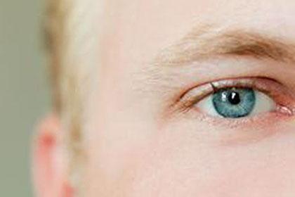眉毛生得淡,喜欢偏安一隅的男人性格分析