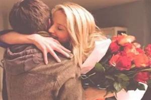 塔罗牌在线占卜:你的婚姻是否会走向幸福美满?
